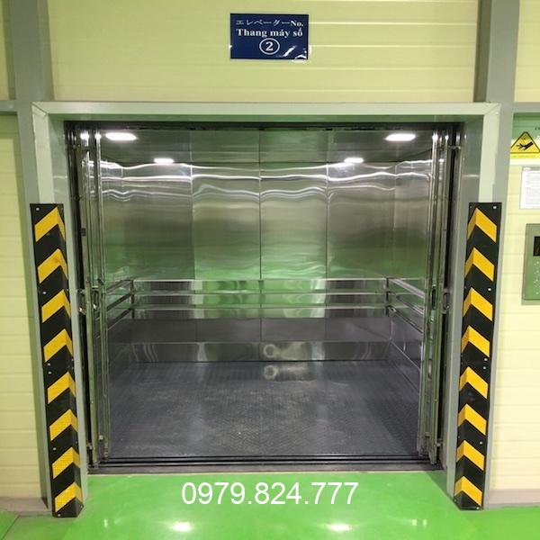 thang máy nâng hàng 300kg